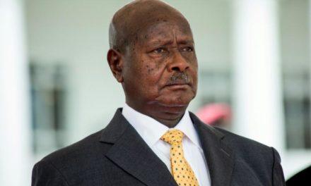 Ouganda: l'opposition dénonce la perspective d'une «présidence à vie» de Museveni