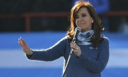 Les cahiers d'un chauffeur déclenchent un scandale de corruption impliquant Kirchner
