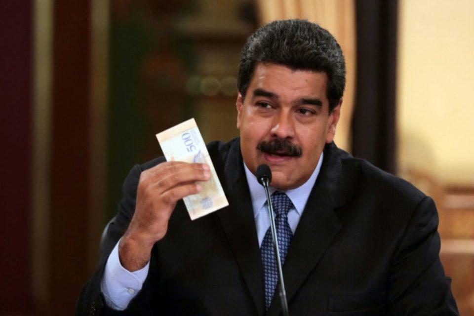 Le Venezuela étrenne ses nouveaux billets, le patronat craint l'»instabilité»