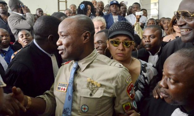 Zambie: mandat d'arrêt contre le musicien congolais Koffi Olomide