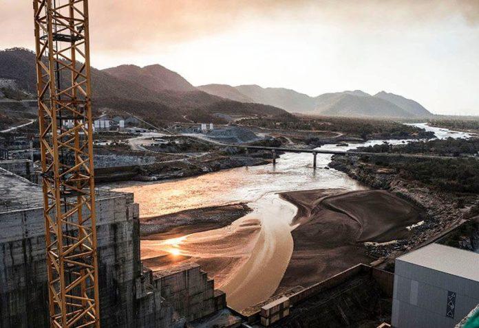 Photo diffusée le 20 juillet 2020 par Adwa Pictures montrant une vue aérienne du Grand barrage de la Renaissance à Guba, dans le nord-ouest de l'Ethiopie afp.com - -
