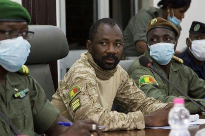 Le chef de la junte malienne, le colonel Assimi Goïta, à Bamako le 22 août 2020 afp.com - ANNIE RISEMBERG