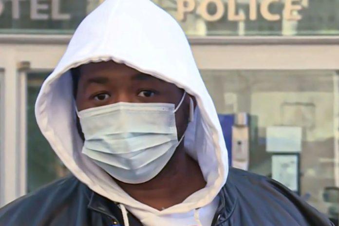 Capture d'écran du producteur de musique qui s'exprime devant les médias, le 26 novembre 2020 pour raconter son tabassage par des policiers afp.com - Aurore MESENGE