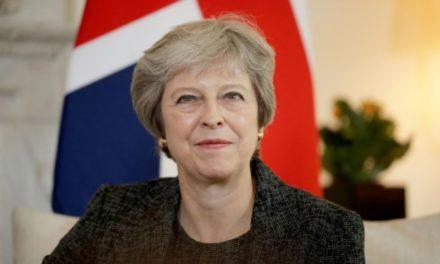 Brexit et sécurité au menu d'une tournée de Theresa May en Afrique subsaharienne