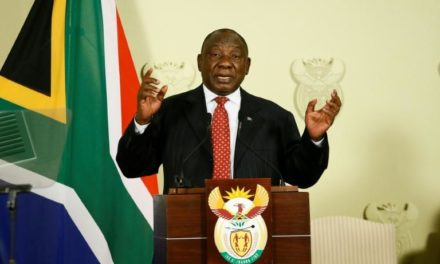 Afrique du Sud: le président annonce une série de mesures pour «stimuler» l'économie en récession