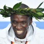 Marathon de Berlin – Le roi Kipchoge pulvérise le record du monde en 2 h 01 min 39 sec