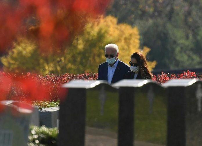 Le président américain élu Joe Biden et sa fille Ashley au cimetièreSt Joseph on the Brandywine, le 8 novembre 2020 à Wilmington, dans le Delaware afp.com - Angela Weiss