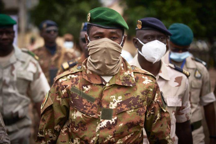 Le colonel Assimi Goïta, le 18 septembre 2020 à Bamako, au Mali afp.com - MICHELE CATTANI