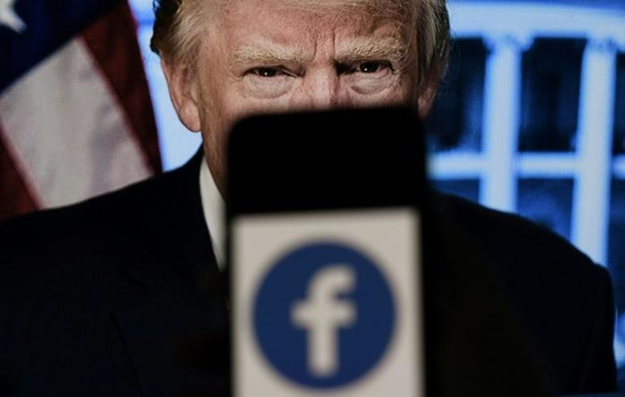 Le conseil des sages de Facebook attendu au tournant sur le sort du compte de Trump afp.com - Olivier DOULIERY