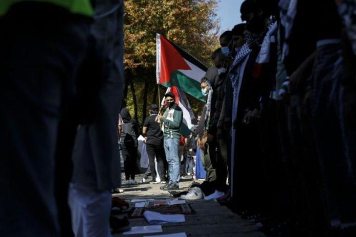 Manifestation de soutien aux Palestiniens à Sandton, banlieue aisée de Johannesburg, le 11 mai 2021 afp.com - GUILLEM SARTORIO