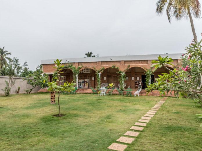 Vue générale sur une villa qui accueille des jeune scénaristes africains, à Alogavi au Togo, le 29 avril 2021 afp.com - Yanick Folly