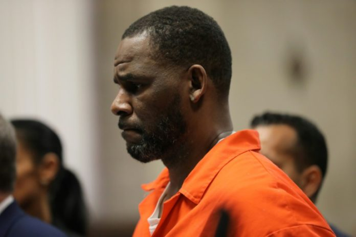 R. Kelly avant une audience au tribunal pénal de Chicago, en juin 2019 afp.com - SCOTT OLSON