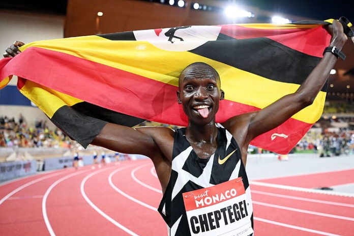 Joshua Cheptegei champion olympique du 5000 m