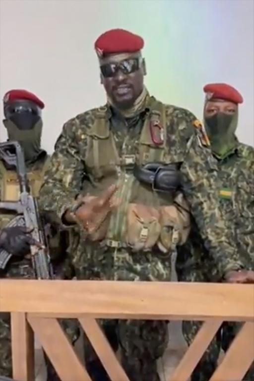 Le lieutenant-colonel Mamady Doumbouya, responsable du coup d'Etat, visible sur une vidéo diffusée le 5 septembre 2021